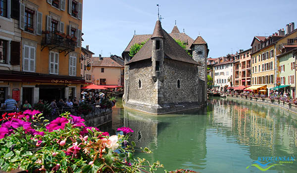 annecy-2